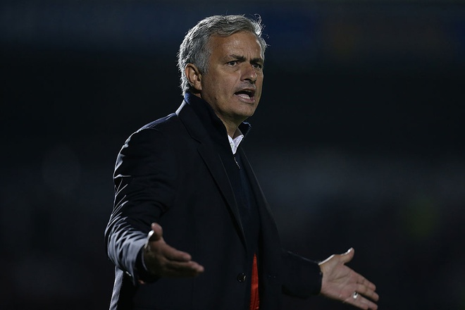 Mourinho lai doi mat thang 10 am anh hinh anh