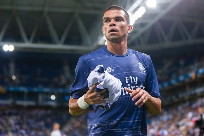 Real Madrid tan hoang hang thu hinh anh 1