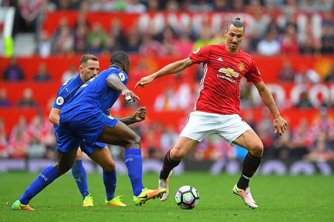 Ngay Ibrahimovic chung minh Rooney la ke het thoi hinh anh 3