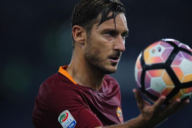 Francesco Totti: Vi sao Real Madrid khong bao gio voi toi hinh anh