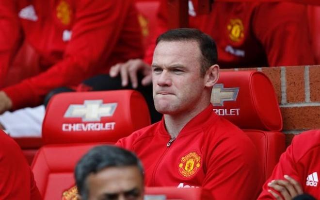 Rooney phai tiep tuc du bi tai Europa League hinh anh