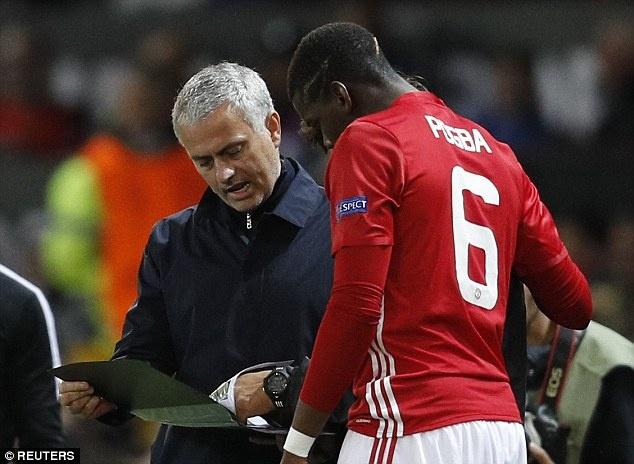 Mourinho noi dien voi tro ly vi chi dao sai Pogba hinh anh
