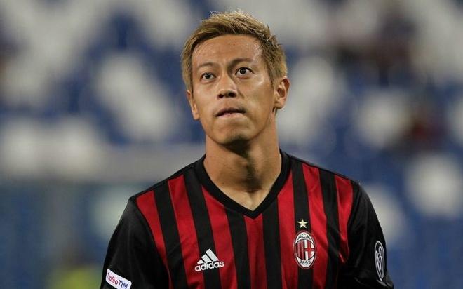 Keisuke Honda vach tran ban chat fan AC Milan hinh anh