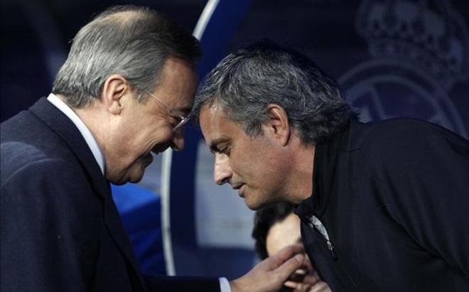 Mourinho am tham 'dam sau lung' Florentino Perez hinh anh