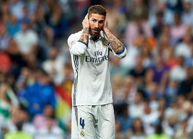 'Virus FIFA' tan pha Real va Barca hinh anh