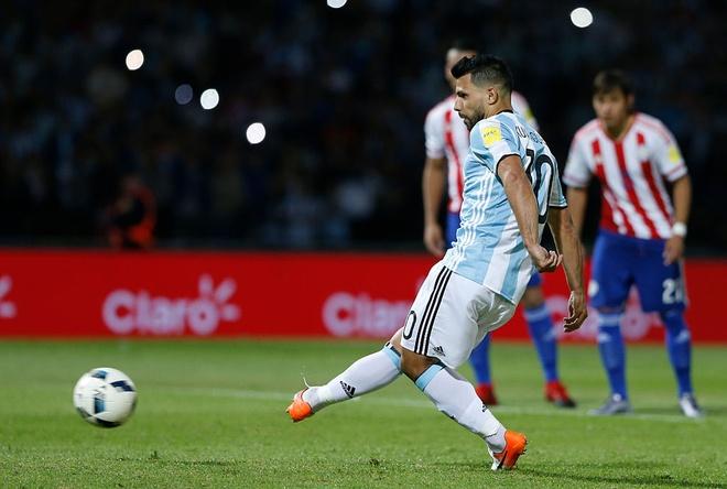 Bao Argentina: Aguero len tuyen nho phe canh cua Messi hinh anh 2