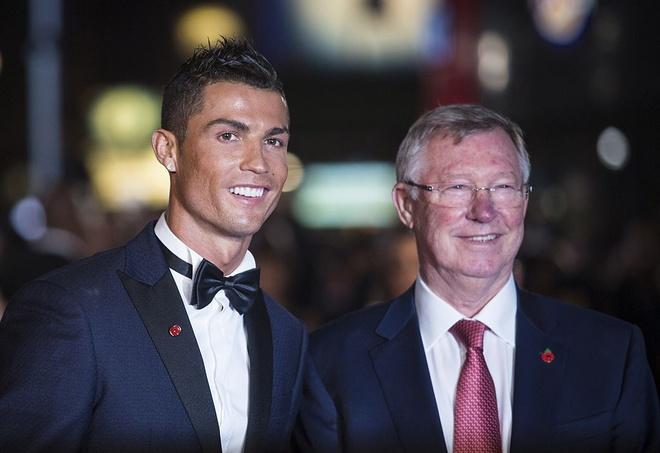 Pha Real, Sir Alex muon bien Ronaldo thanh dong doi Messi hinh anh