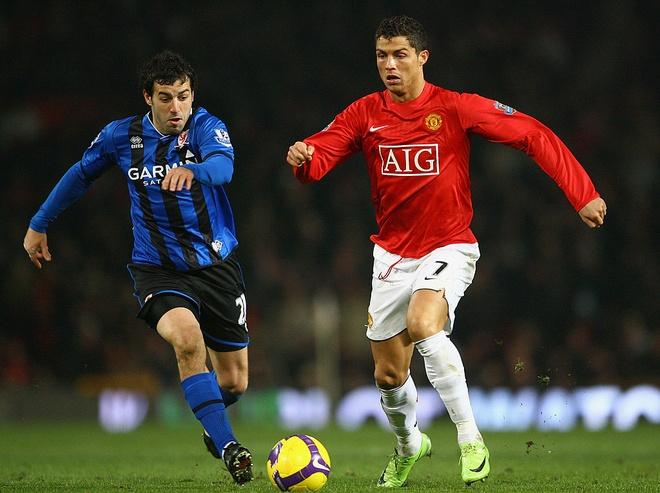 Sir Alex muon Ronaldo thanh dong doi cua Messi anh 1