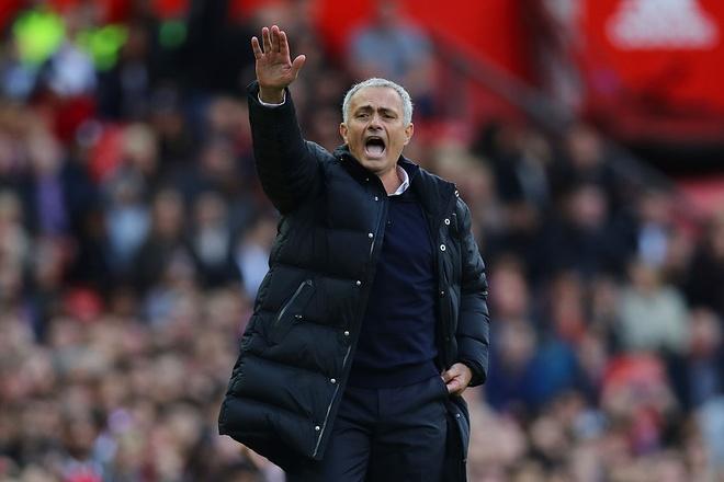Ru bo 'chat MU', gio la the gioi cua Mourinho hinh anh 1