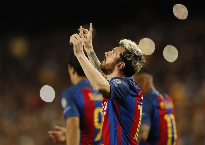 Barca 4-0 Man City: 2 nam, 1 cu nga va dinh menh Messi hinh anh 3