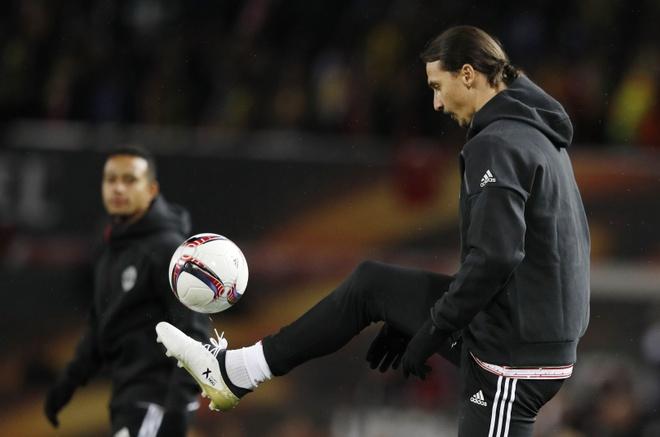 Het mu quang, Mourinho khien Ibrahimovic lo lang hinh anh 3