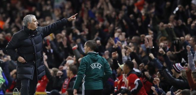 Het mu quang, Mourinho khien Ibrahimovic lo lang hinh anh 2