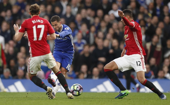 Mourinho tro thanh 'Nguoi binh thuong' hinh anh 2