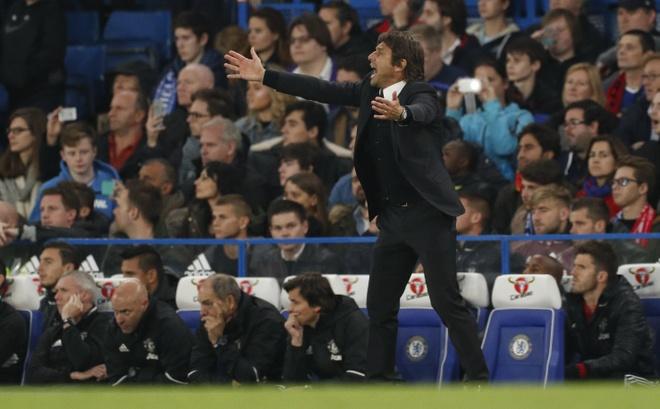 Mourinho tro thanh 'Nguoi binh thuong' hinh anh 3