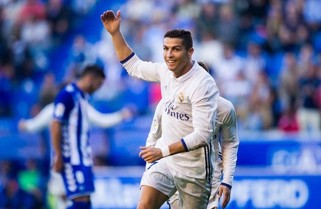 Ronaldo phat thong diep danh thep den the gioi hinh anh
