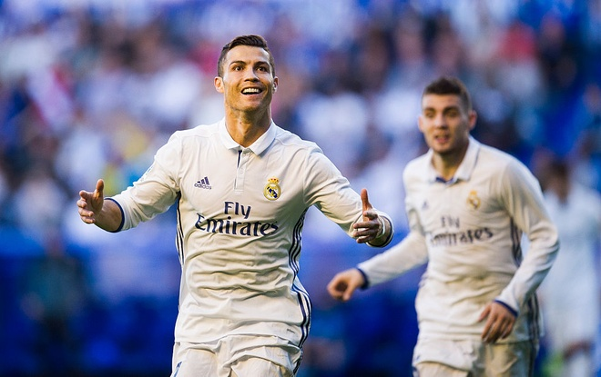 Ronaldo phat thong diep danh thep den the gioi hinh anh 1