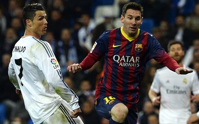 Diego Forlan: Messi co dieu ma Ronaldo khong co hinh anh