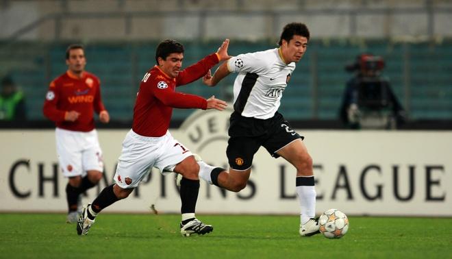 Dong Fangzhuo va cai ket dang cho tro he o Man United hinh anh 3