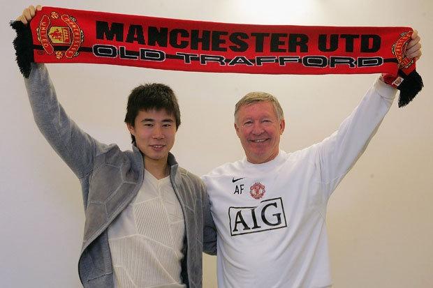 Dong Fangzhuo va cai ket dang cho tro he o Man United hinh anh