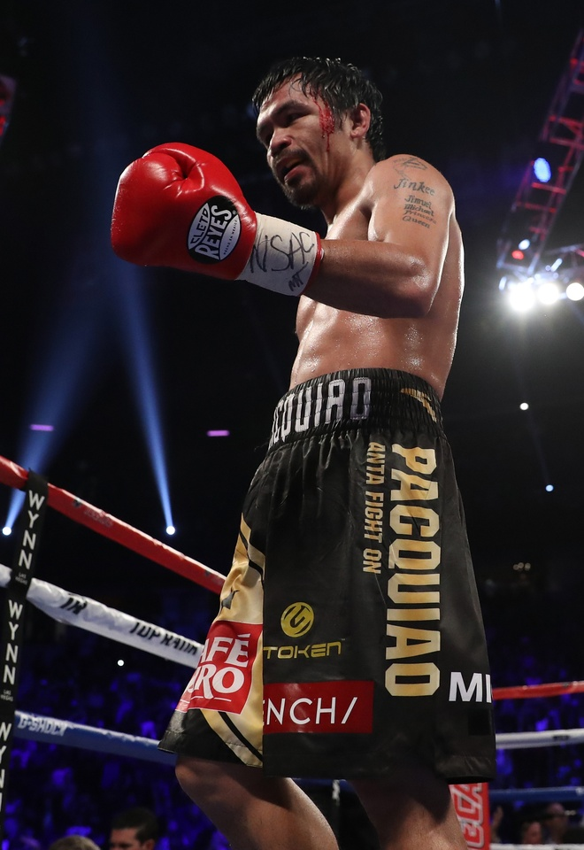 Manny Pacquiao thang diem Jessie Vargas, gianh dai WBO hinh anh 7