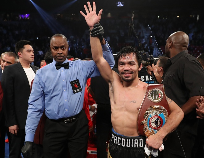 Manny Pacquiao thang diem Jessie Vargas, gianh dai WBO hinh anh 1