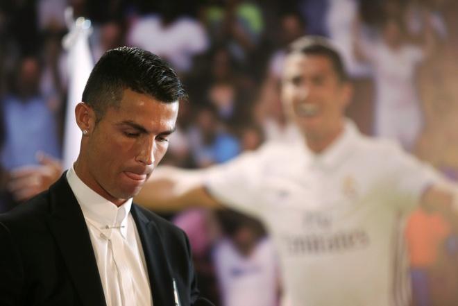 Ronaldo, huyen thoai song cua Real Madrid hinh anh 2