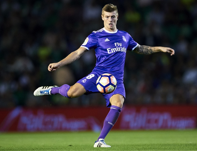 Real Madrid mat Toni Kroos anh 1