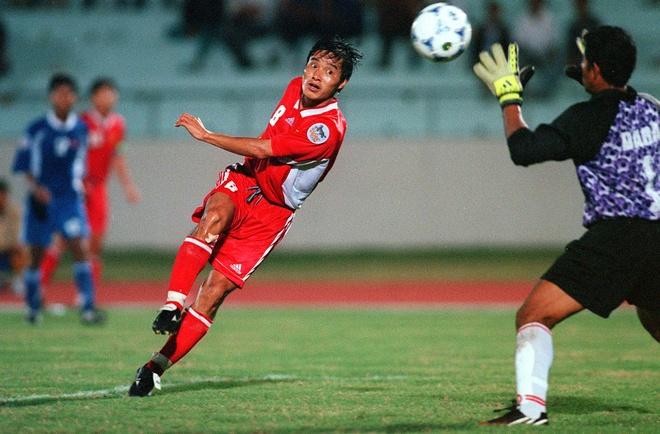 Tran Viet Nam - Indonesia vao top 3 khoanh khac AFF Cup hinh anh 1