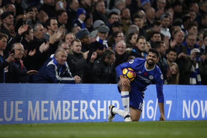 Mat trai ton thuong,  Courtois khien Chelsea lo au anh 6