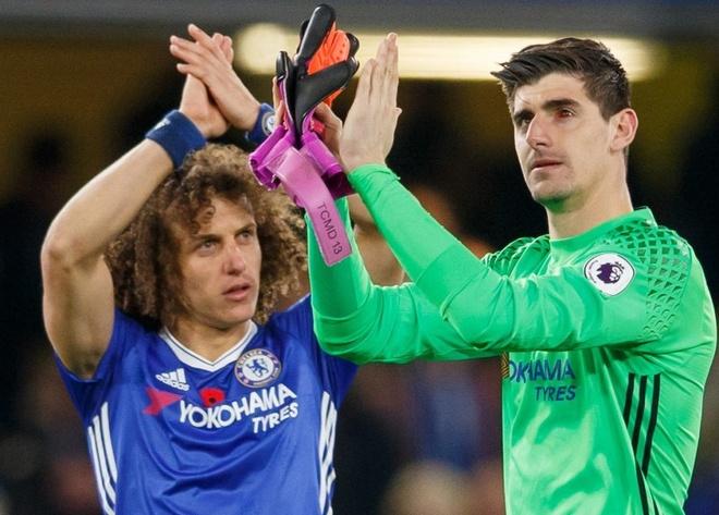 Mat trai ton thuong,  Courtois khien Chelsea lo au anh 2