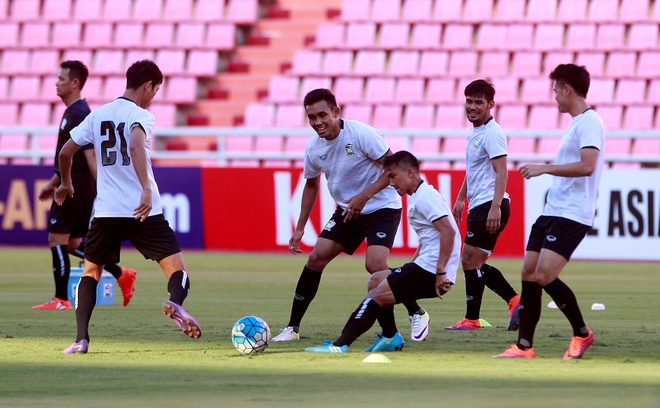 Thai Lan khien doi thu hoang mang tai AFF Cup anh 1