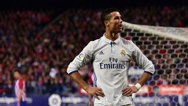 Tuoi 31 va cuoc chuyen hoa lich su cua Ronaldo hinh anh