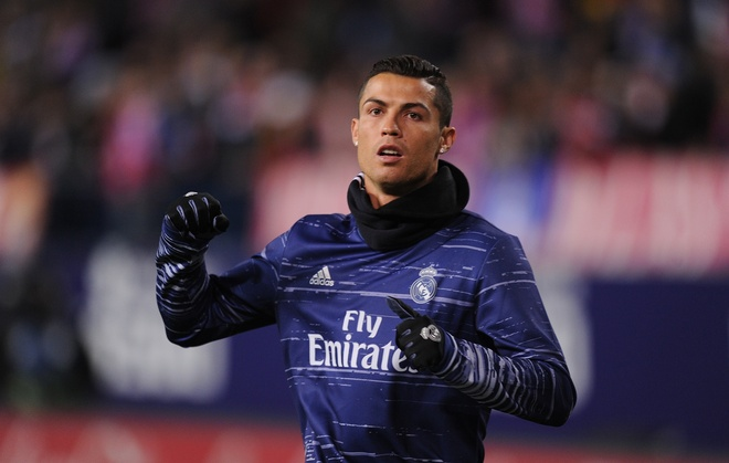 Truyen thong the gioi nghieng minh truoc 'Vua Ronaldo' hinh anh