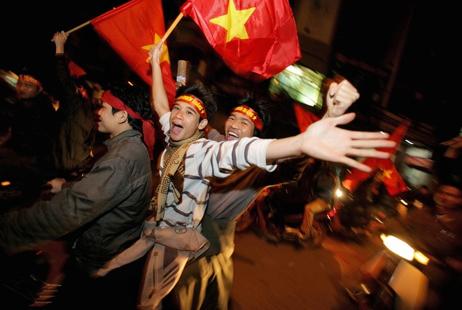 Bao Khanh: Viet Nam co the du World Cup trong 10-15 nam toi hinh anh
