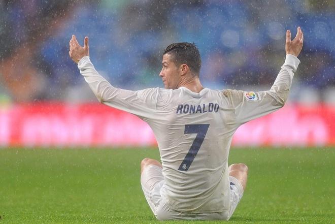 Ronaldo co the ngoi tu vi nghi an tron thue hinh anh 1
