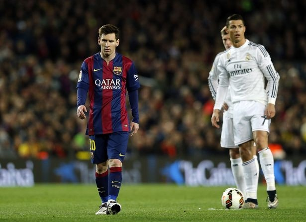 'Phe cua Messi' cay cu khi Ronaldo gianh Qua bong vang hinh anh 1