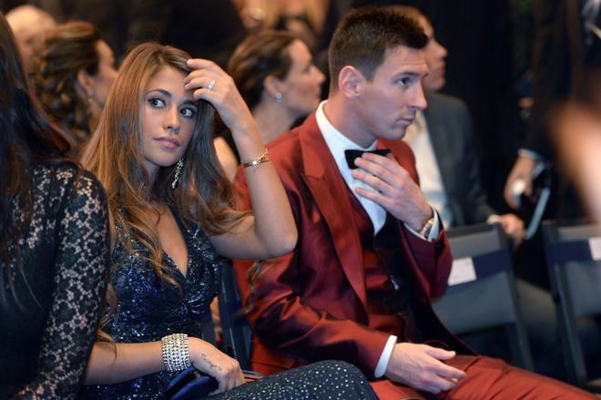 Messi an dinh thoi diem lam le cuoi hinh anh