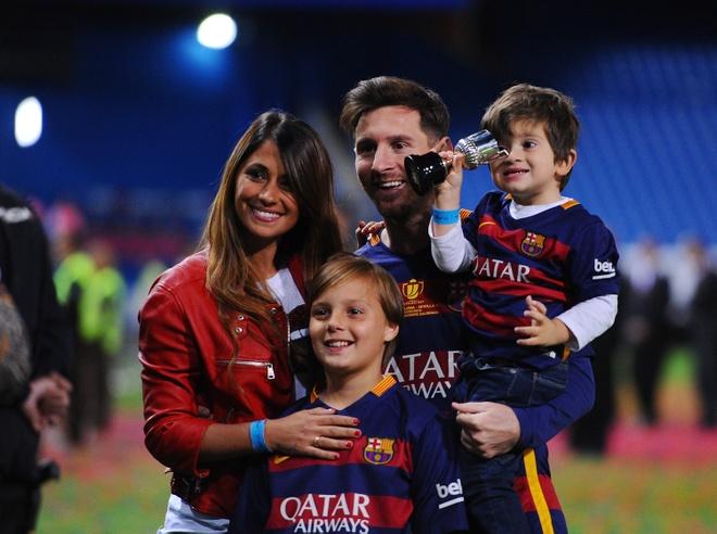 Messi an dinh thoi diem lam le cuoi hinh anh 1