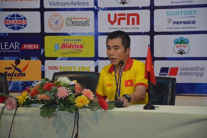 HLV Pham Minh Duc: 'Doi cua toi khong co duoc su may man' hinh anh 1