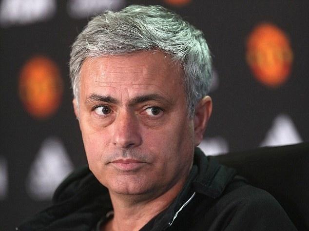Jurgen Klopp doc vi MU cua Mourinho hinh anh 1