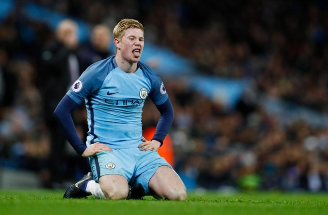 Nghich ly trong toc do 'dot tien' cua Man City hinh anh