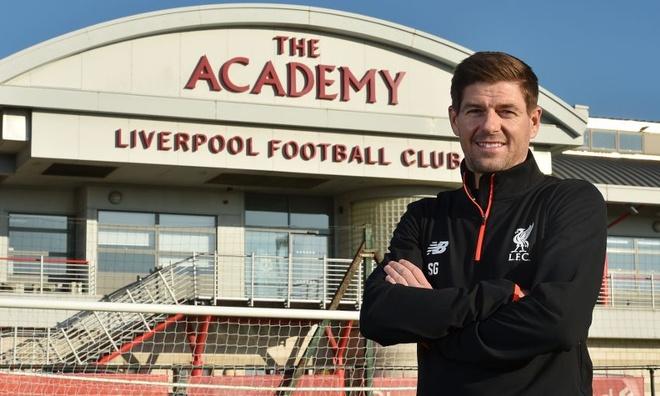 Steven Gerrard tai xuat o Liverpool hinh anh