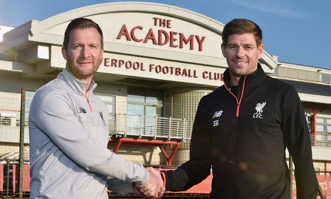Steven Gerrard tai xuat o Liverpool hinh anh 1