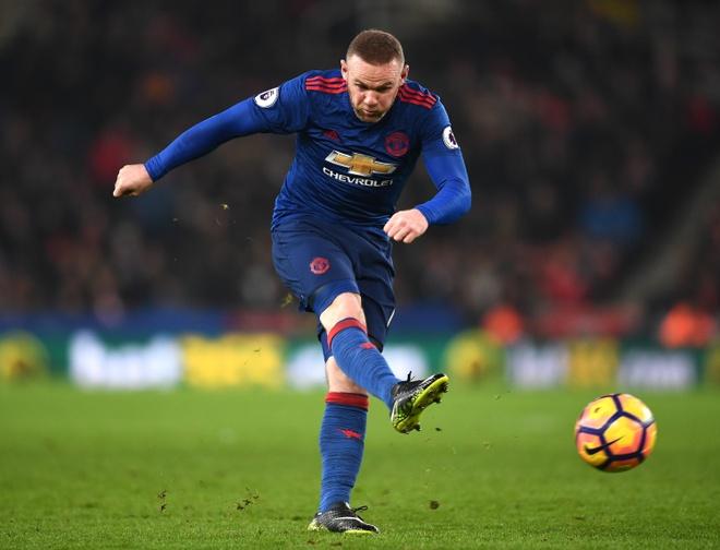 Rooney, huyen thoai gay tranh cai cua MU hinh anh 2