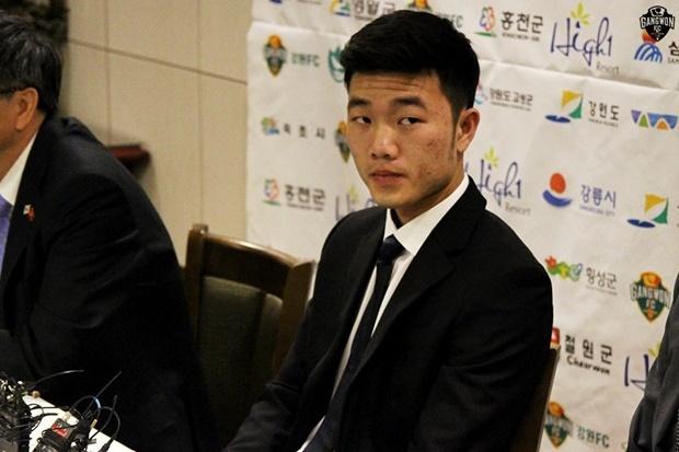 HLV Gangwon FC danh gia the nao ve Xuan Truong? hinh anh