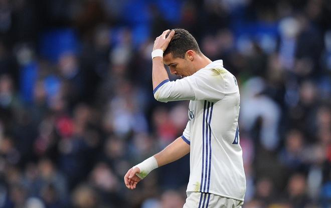 Ronaldo giua ranh gioi so 1 va so 0 anh 2