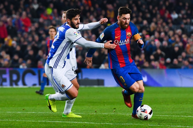 Ronaldo va Messi doi lap thoi diem hien tai anh 1