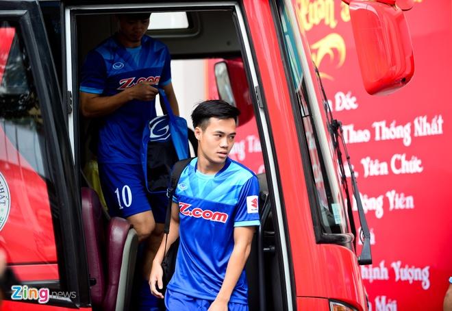 Cong Phuong tich cuc 'luyen cong' o tuyen U23 VN hinh anh 1