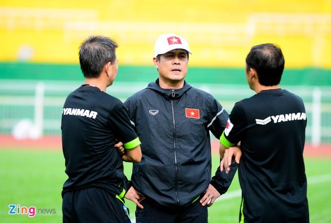 Cong Phuong tich cuc 'luyen cong' o tuyen U23 VN hinh anh 2