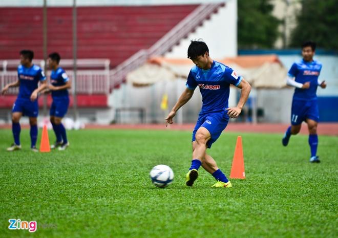Cong Phuong tich cuc 'luyen cong' o tuyen U23 VN hinh anh 7